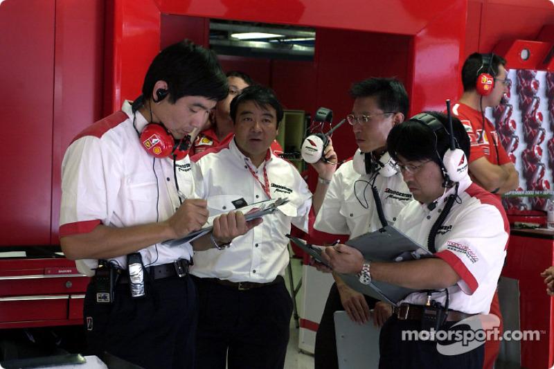 Técnicos de Bridgestone