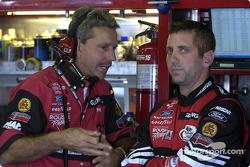 Greg Biffle et son chef-mécanicien Doug Richert