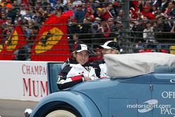 Drivers parade: Jenson Button and Jacques Villeneuve