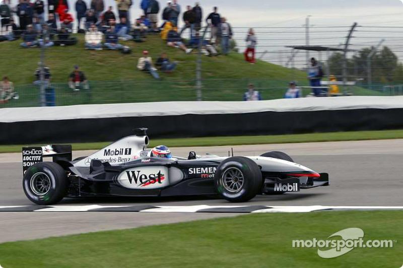 2003. Кімі Райкконен, McLaren MP4-17D