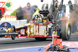 Tony Schumacher made it to the final round by…