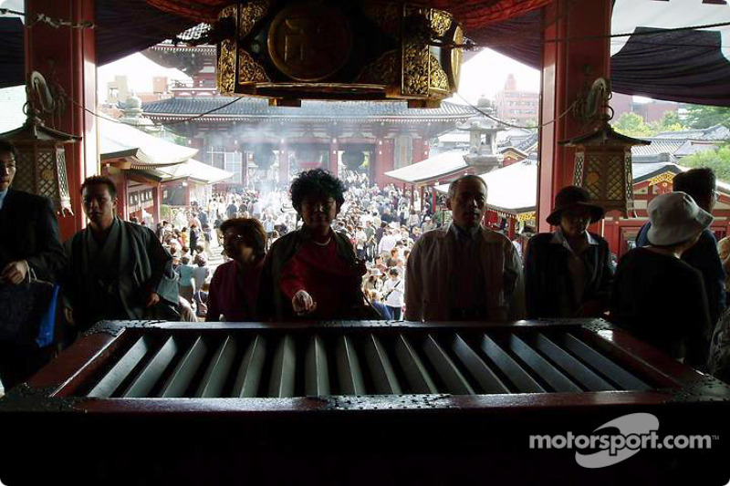 Domingo en el templo Senso-ji