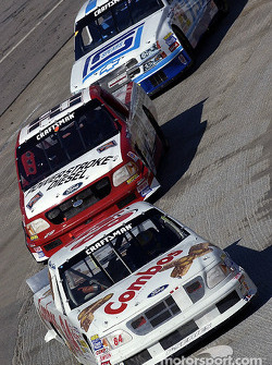 Elliott Sadler leads Terry Cook