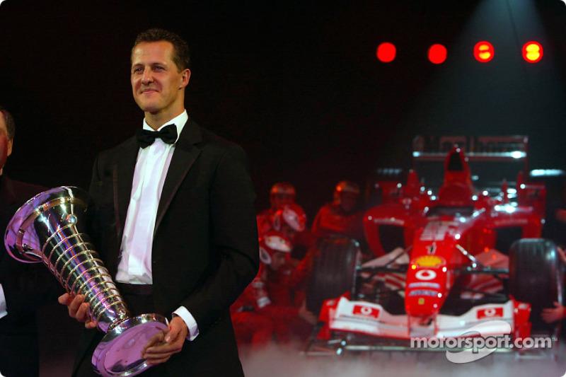 Чемпіон світу Міхаель Шумахер, Жан Тодт і Ferrari F2003 GA