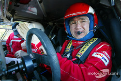 Kenjiro Shinozuka