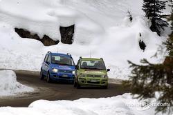 Michael Schumacher et Luca Badoer essaient des Fiat Panda