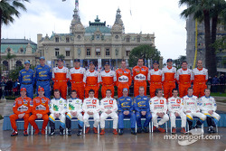 Family picture for the WRC drivers and co-drivers