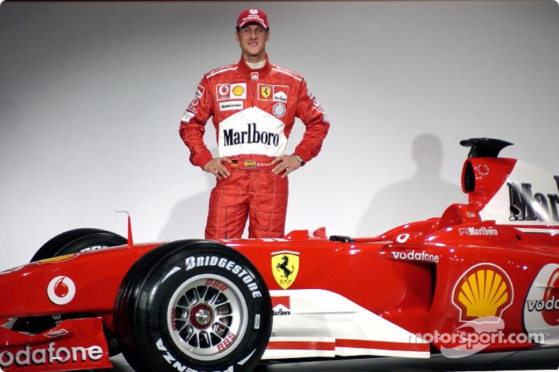 Michael Schumacher ve yeni Ferrari F2004