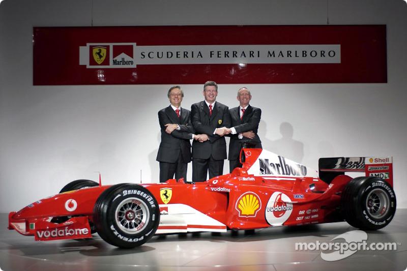 Паоло Мартінеллі, Росс Браун, Рорі Бірн і Ferrari F2004