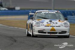 La Porsche GT3 Cup n°00 du Team Vision (Dwain Dement, Steve Bernheim, Doug Baron, Dennis Puddester)