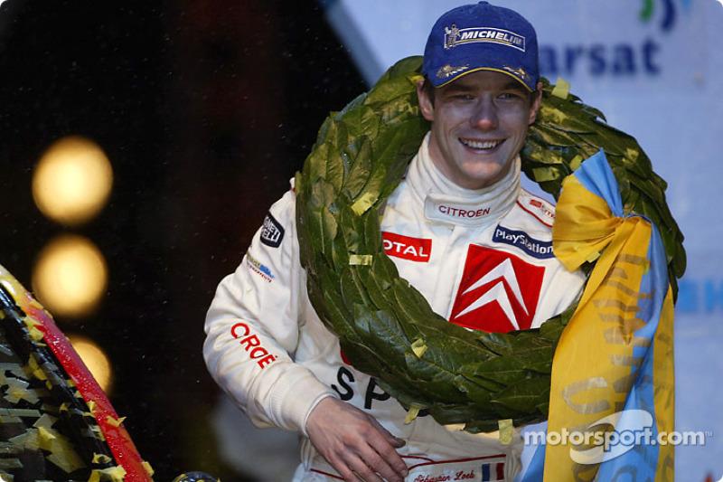 "<img class=""ms-flag-img ms-flag-img_s1"" title=""France"" src=""https://cdn-1.motorsport.com/static/img/cf/fr-3.svg"" alt=""France"" width=""32"" /> Sébastien Loeb, nonuple Champion du monde WRC (de 2004 à 2012)"