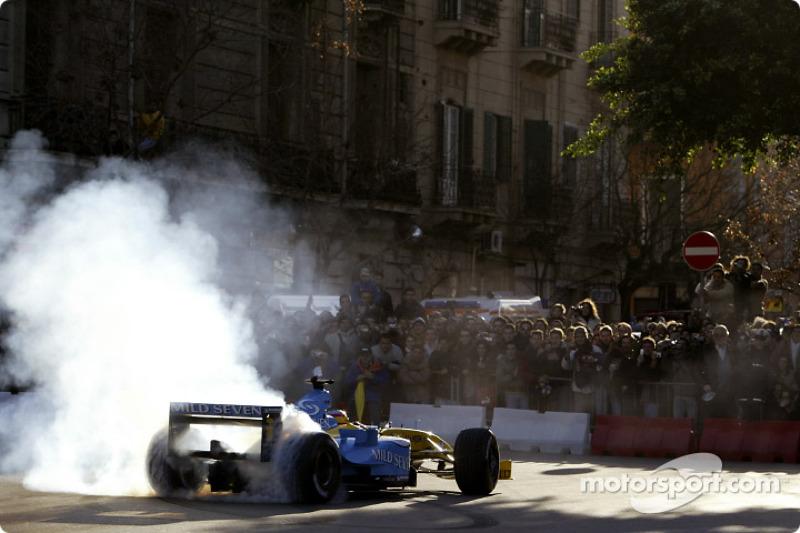 Renault на вулицях Палермо