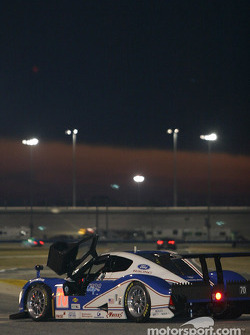 #70 SpeedSource Ford Multimatic: Sylvain Tremblay, Selby Wellman, Larry Huang, Chris Hall in trouble