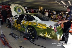 Dale Jarrett's car paint scheme pays tribute to Arnold Palmer