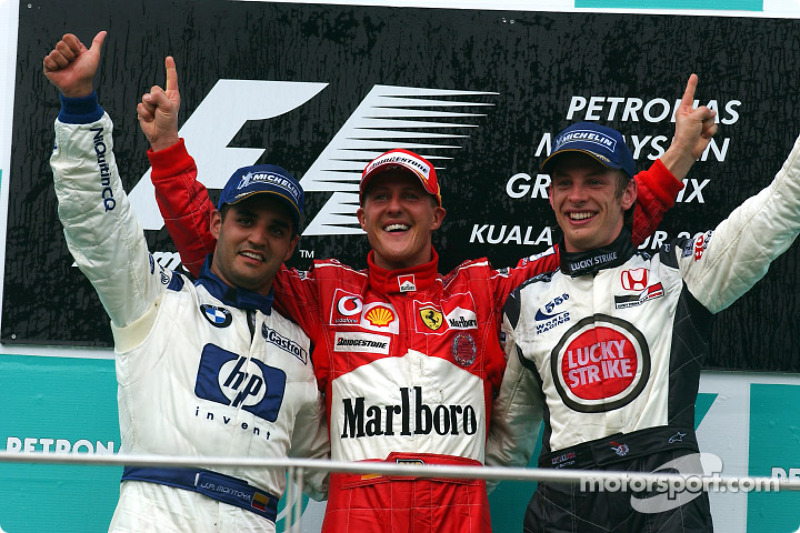 Podio: ganador de la carrera Michael Schumacher; Juan Pablo Montoya el segundo lugar y tercer lugar Jenson Button