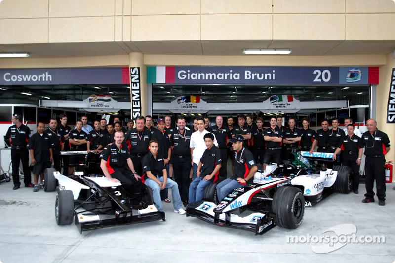 Team Minardi mit Formel-BMW-Fahrern