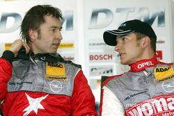 Heinz-Harald Frentzen, OPC Team Holzer, Opel Vectra GTS V8 2004; Timo Scheider, OPC Team Holzer, Ope