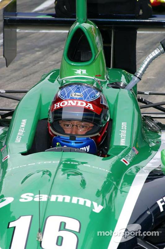 Roger Yasukawa attend les essais
