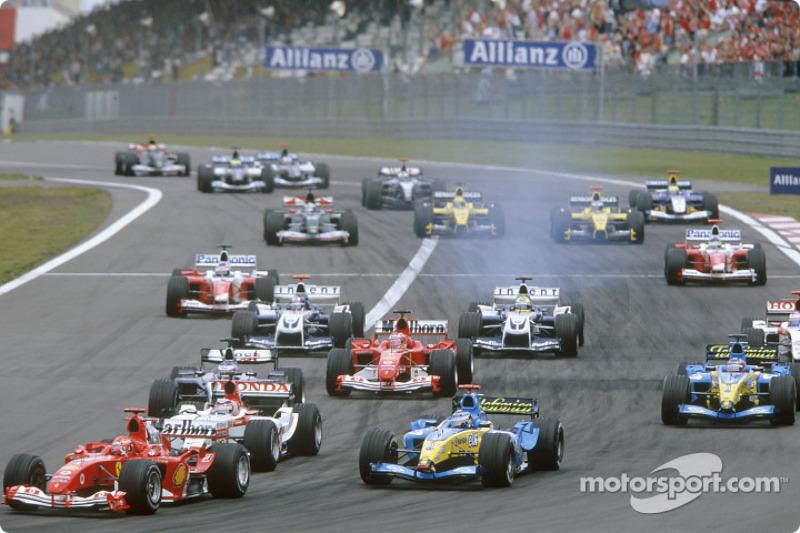 Arrancada: Michael Schumacher líder