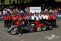Team photo: Kondo Racing with drivers Hayanari Shimoda, Ryo Michigama, Hiroki Katoh