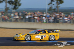 #63 Corvette Racing Corvette C5-R: Ron Fellows, Johnny O'Connell, Max Papis