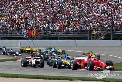 Inicio: Michael Schumacher y el resto del grupo
