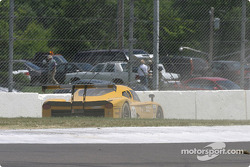 La Pontiac Crawford n°39 du Silverstone Racing Services (Chris Hall, Larry Huang, Andrew Davis) dans les graviers