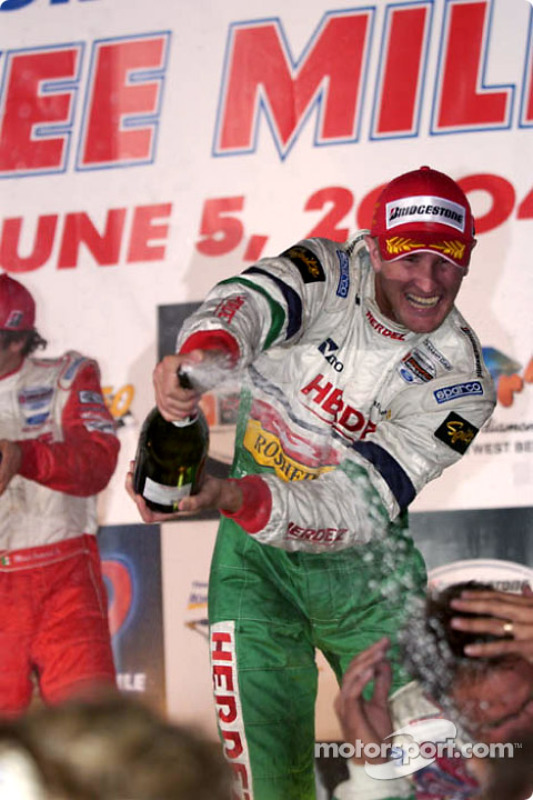 Podium : champagne pour Ryan Hunter-Reay
