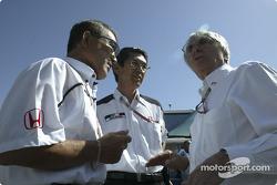 Takeo Kukui, Shoichi Tanaka and Bernie Ecclestone