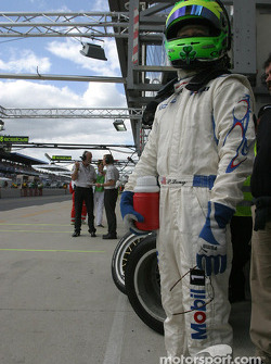 Patrick Long waits for next pitstop