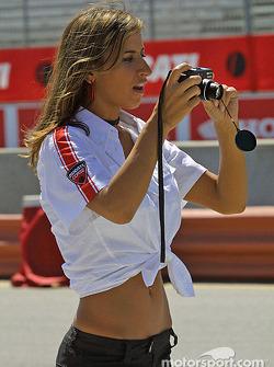 Промо-девушка Ducati