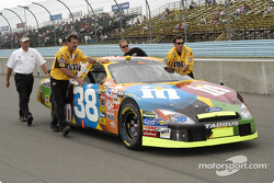Elliott Sadler's car to the grid