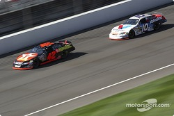 Scott Riggs chases down Jamie McMurray