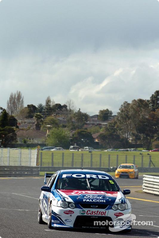 Le Suisse Alain Menu est revenu en Australie pour piloter une V8 supercar