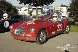 MGA 1962 driven by Dick Powers