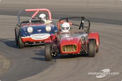 Lotus 7 America 1962 leads