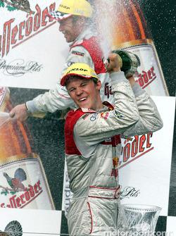 Podium : champagne pour Mattias Ekström
