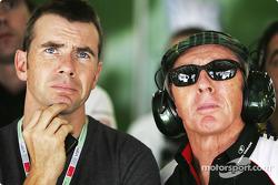 Paul ve Jackie Stewart watch qualifying