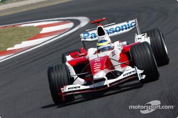 Ricardo Zonta in the 2004 TF104