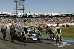 Laurent Aiello's car on the starting grid