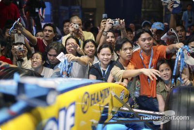 Fernando Alonso Manila ziyareti