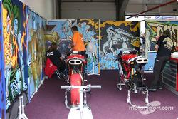Renegade Ducati Koji pit area
