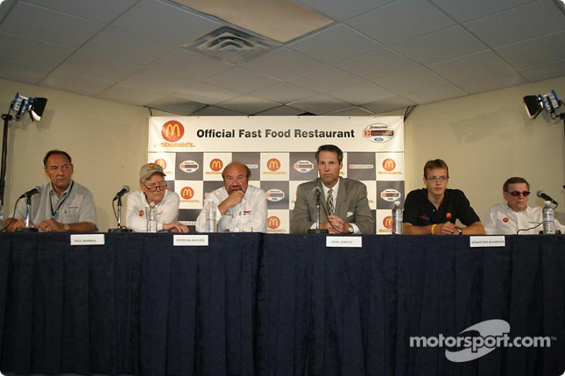 McDonald's press conference: Dick Eidswick, Paul Newman, Kevin Kalkhoven, John Lewicki, Sébastien Bourdais and Carl Haas