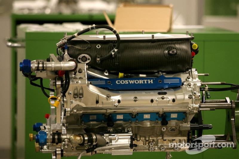 Coesworth motor, bezoek aan de Cosworth-fabriek in Northhampton