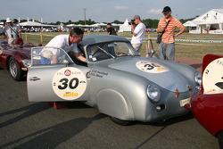 #30 Porsche 356 PreA 1954: Jean-François Penillard, Gilles Morel