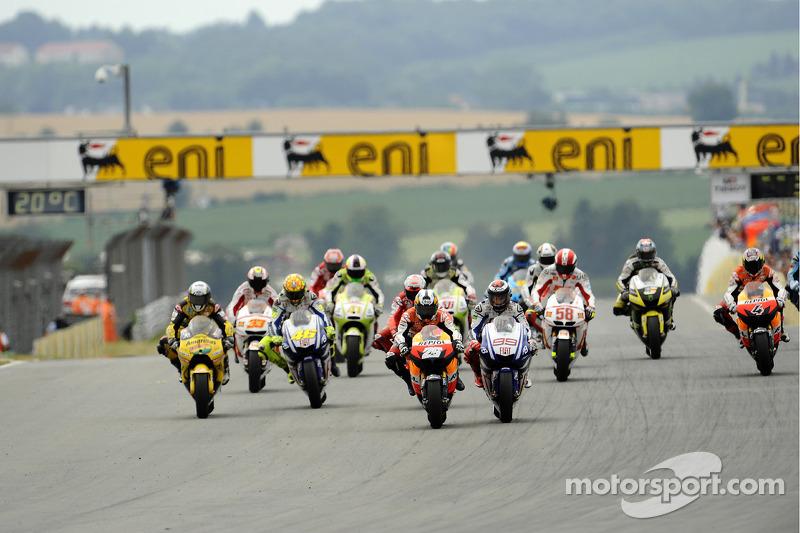 Start: Dani Pedrosa, Repsol Honda Team en Jorge Lorenzo, Fiat Yamaha Team