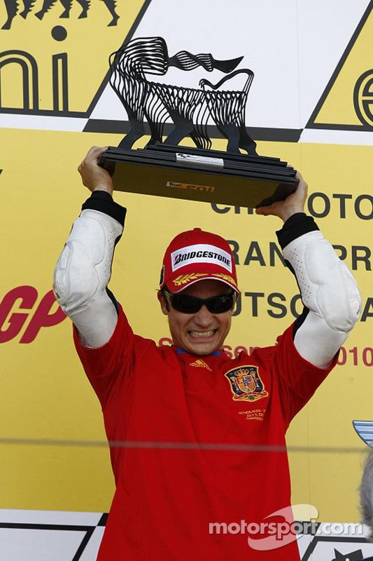 2010, 4 victorias