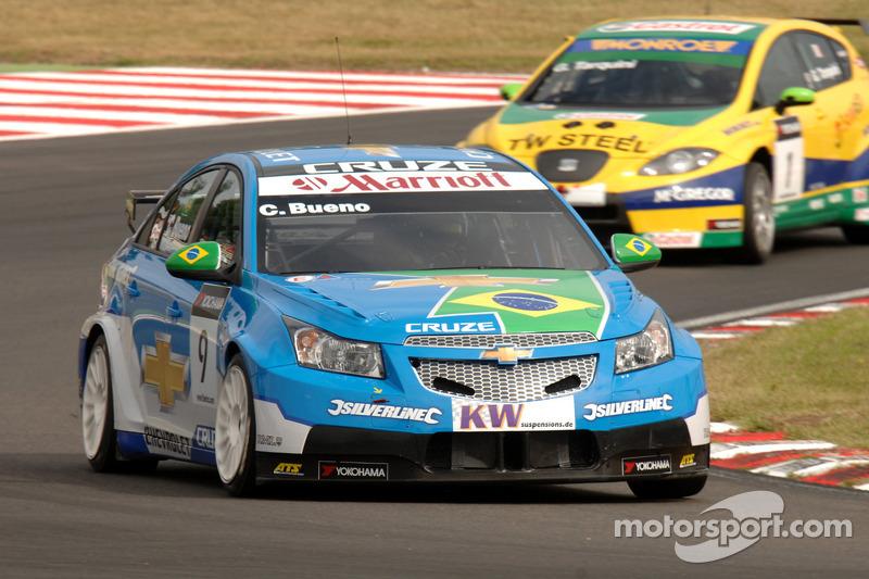 Carlos Bueno rijdt voor Gabriele Tarquini