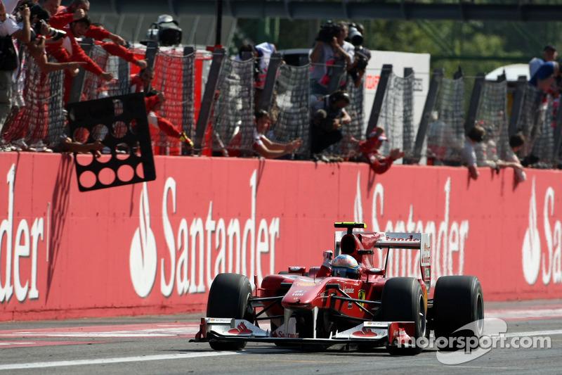 Fernando Alonso, Scuderia Ferrari, gana