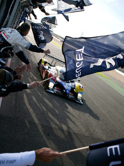#4 Team Oreca Matmut Peugeot 908 HDi FAP: Nicolas Lapierre, Stéphane Sarrazin takes the LMS 2010 championship